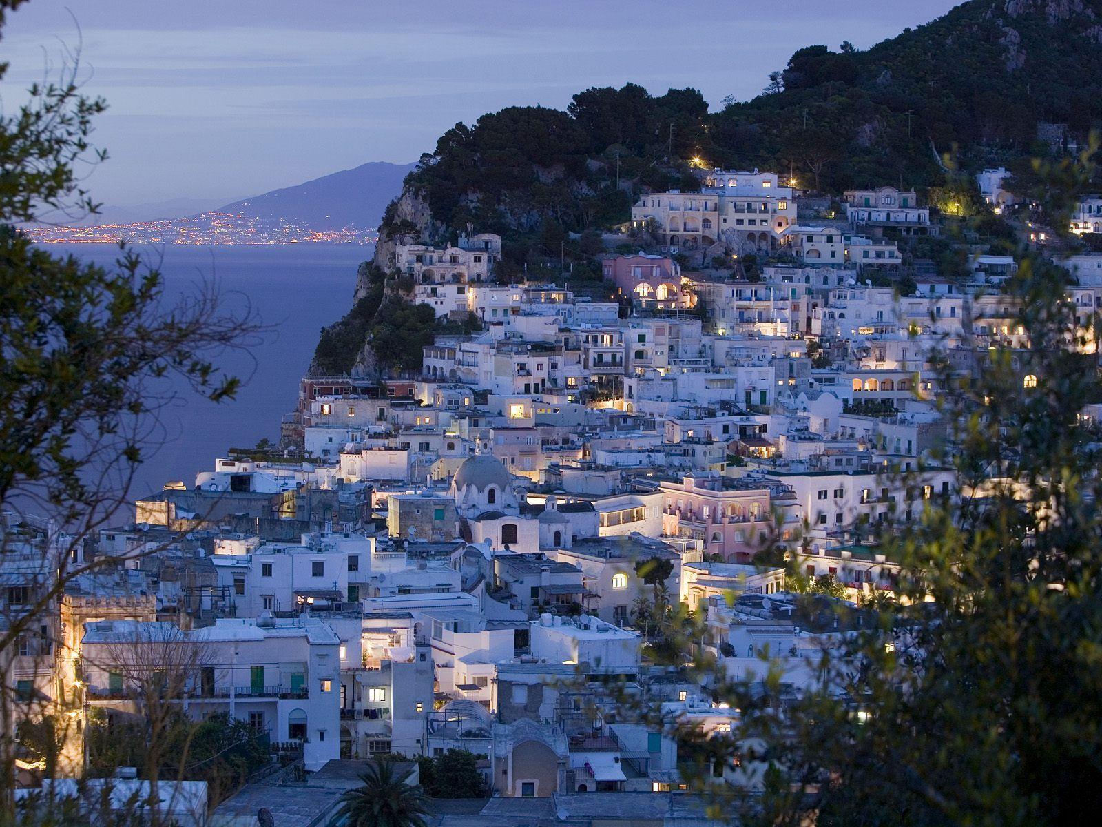 edge of the Bay of Naples,napoli town