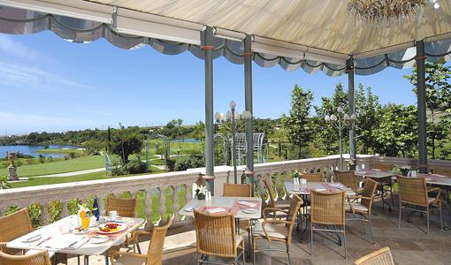 Villa Padjerna, Golf