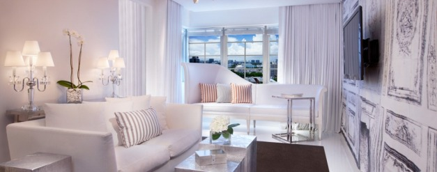 Signature-Suite-Living-Room_1000x395